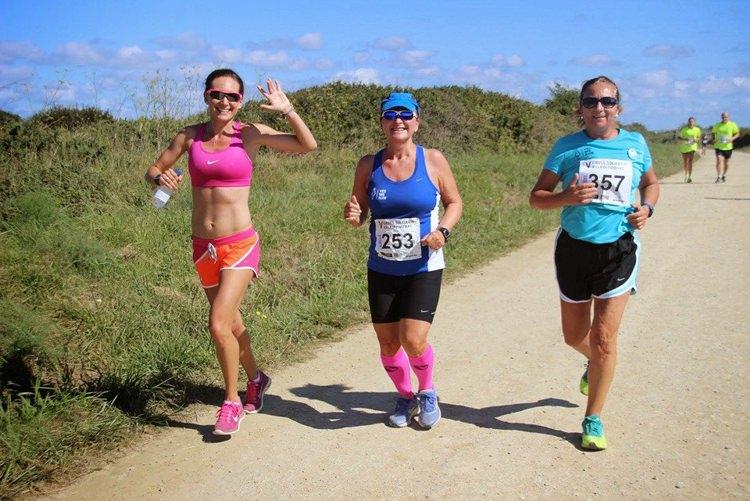 La atleta ALba García en pleno carrera popular