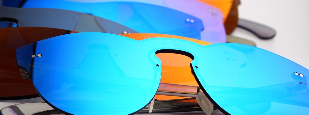 Tendencias en gafas de sol 2017  lentes planas y formas redondeadas 588cae7253d1