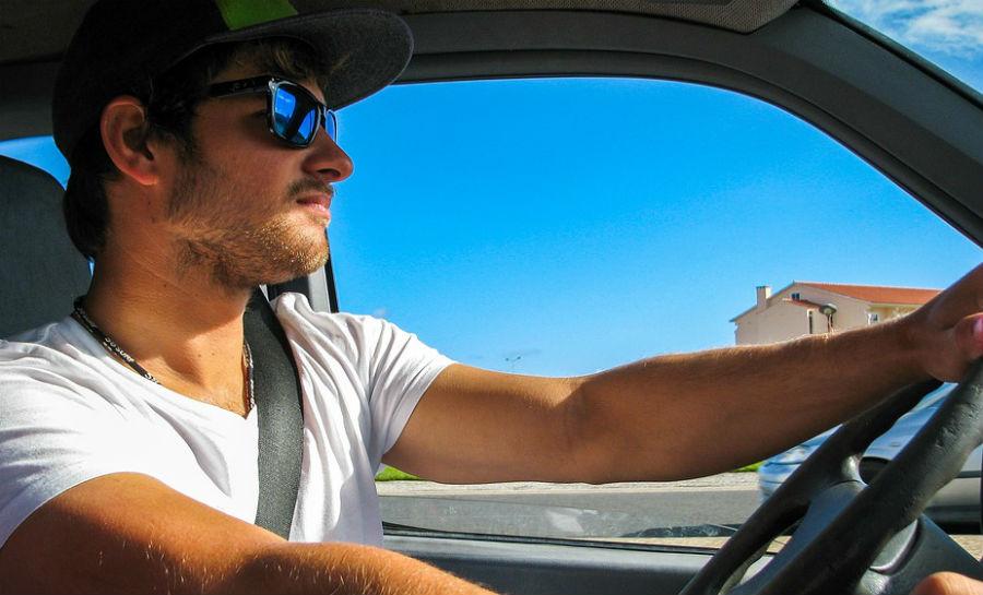 consejos para comprar gafas de sol para conducir