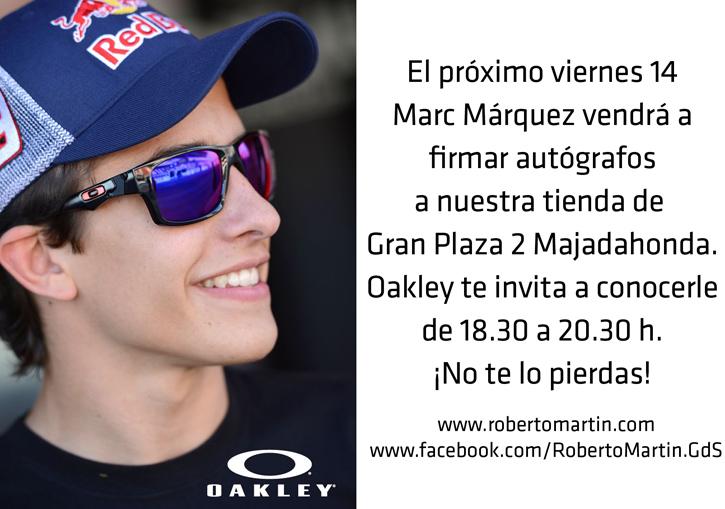 Marc Márquez con Gafas de sol Oakley